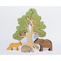Moori Waldbaum mit Tieren